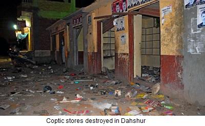 geplünderte koptische Läden in Dahshur